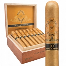 Perdomo Reserve 10 years Anniversary Epicure Champagne